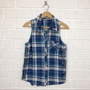 GUESS sleeveless embellished western top Small